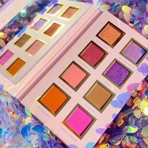 2/$30 Alamar Cosmetics Spanglish Palette 3/$45